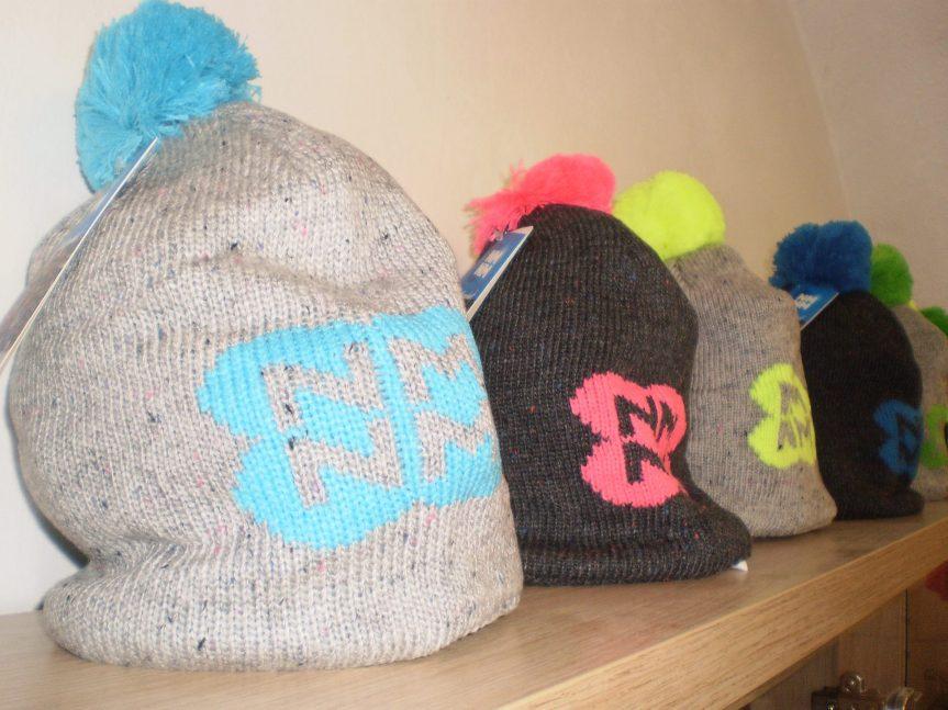 Nové biatlonové čepice
